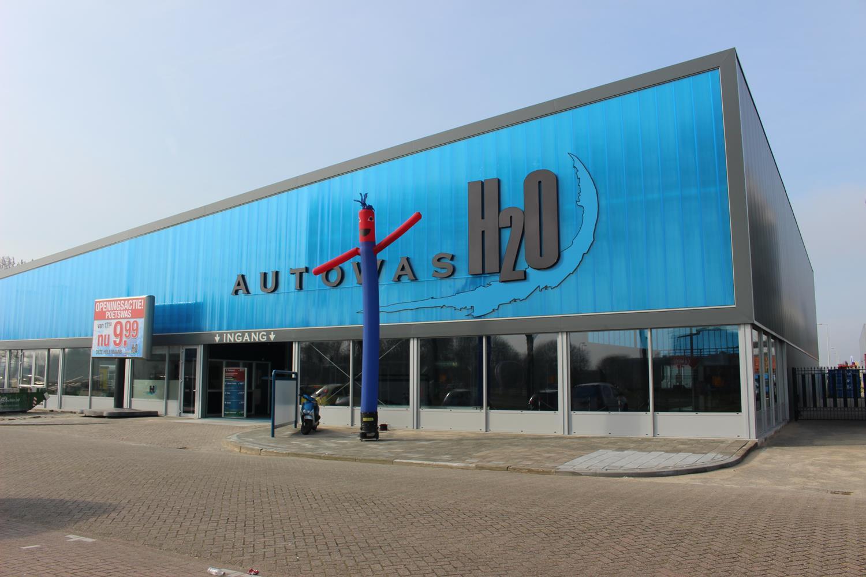 Autowas H2O Spijkenisse geopend